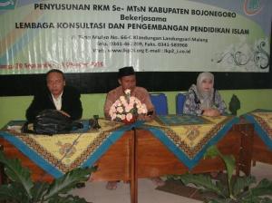 Pembukaan penyusunan RKM MTs Negeri 1 Bojonegoro tanggal 30 September 2010 di LKP2I Malang